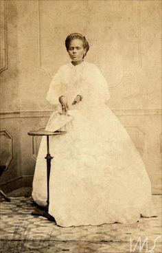 Mulher negra, provavelmente alforriada, depois de 1865