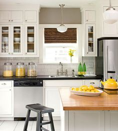 Planning a kitchen renovation? Explore our favorite kitchen decor ideas and get inspiration to create the kitchen of your dreams. Upgrading a kitchen is full of possibilities, and even a few simple budget ideas can refresh, modernize your kitchen design. Bungalow Kitchen, Life Kitchen, Kitchen On A Budget, New Kitchen, Kitchen Dining, Kitchen Decor, Kitchen Ideas, 1920s Kitchen, Updated Kitchen