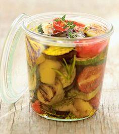 Légumes marinés à l'huile d'olive Grilling Recipes, Meat Recipes, Gourmet Recipes, Healthy Recipes, Chutney, Olives, Health Benefits Of Beans, Marinade Sauce, Grilled Vegetables