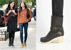 Odd Mom Out: Season 1 Episode 1 Jill's Black Leather Boots