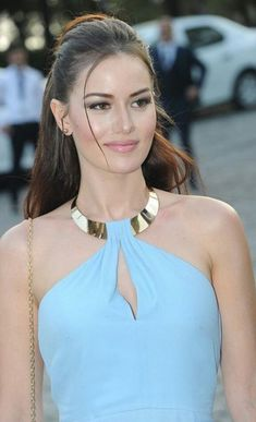 Fahriye Evcen Good Woman, Pretty Woman, Hollywood Heroines, Hollywood Actresses, Turkish Beauty, Indian Beauty, Gorgeous Women, Amazing Women, Beautiful