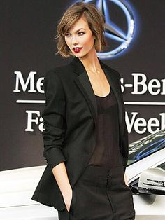 Karlie Kloss, NYFW's Busiest Model: 'I'd Pick Sleep Over Champagne!' | People.com