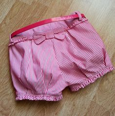 Resultado de imagen para шорты для девочки майорал