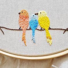 Three little birds. 🐥❤😍 #birds #passarinhos  #Creative #instaartist #crudistore #craft #handmade #embroidery #crossstitch #sew #art #cute #pretty #designs #artwork #funny #bordado #feitoamao #handembroidery #brasil #bordadoamao #bordadolivre #artesanal #broderie #passaros #bird #details