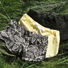 Drawstring Summer Shorts - Keeping up with each new season's trends can be expensive. Sew your own Drawstring Summer Shorts to ease the cost of staying on top of the latest fashions. These shorts are easy to sew and easy to customize. If you're interested in learning how to make your own clothes, this free shorts pattern is a great place to start.