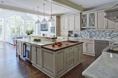Painted-Warm-Grey-Kitchen-in-Winnetka-3