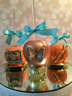 Hey, I found this really awesome Etsy listing at https://www.etsy.com/listing/199447277/elaborately-designed-candy-apples