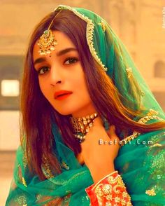 2021 Alia Bhatt Unseen Beautiful Hd Pictures And Wallpaper Country Wedding Dresses, Indian Wedding Outfits, Boho Wedding Dress, Modest Wedding, Alia Bhatt Photoshoot, Indian Photoshoot, Beautiful Bollywood Actress, Beautiful Indian Actress, Indian Celebrities