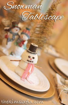 Use Hostess SnoBalls and HoHos into these darling individual Snowmen. Then set a snowman themed table to add to the theme. Perfect for your holiday party. #HostessHoliday #HostessHolidaySweeps