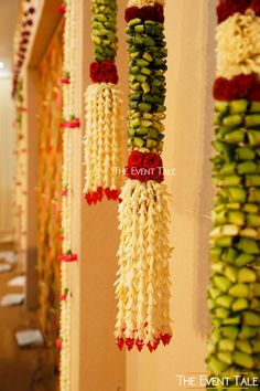 This Charming Decor by The Event Tale In Tirupur Will Leave You Awe-struck! Wedding Stage Design, Wedding Stage Decorations, Flower Decorations, Indian Wedding Flowers, Flower Garland Wedding, Wedding Vendors, Diy Wedding, Wedding Bed, Weddings
