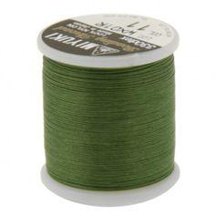 Fil nylon Miyuki 0,25mm vert olive (x50m)  Référence 8413-11 Bobine de 50 mètres de fil nylon monofilament, de la marque Miyuki, couleur vert olive (code couleur 11) épaisseur 0,25mm (size B) Très résistant, ce fil Miyuki de qualité convient parfaitement pour tisser des perles.