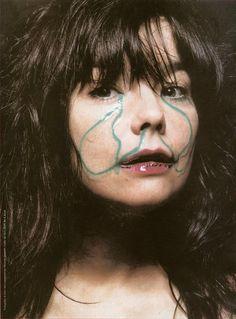 Björk photographed by Inez van Lamsweerde & Vinoodh Matadin. °