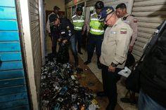 Metrocenter y City Market repletos de celulares robados  http://www.facebook.com/pages/p/584631925064466