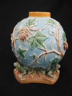 majolica pottery vases | George Jones Majolica Pottery Vase, : Lot 1