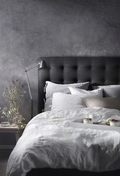 Classic Home Decor .Classic Home Decor Dark Bedroom Walls, Ikea Bedroom, Bedroom Inspo, Grey Walls, Home Bedroom, Room Decor Bedroom, Modern Bedroom, Bedroom Furniture, Dark Bedrooms
