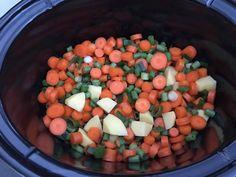 Kipdijfilet slowcooker - een heerlijke kippedij met groenten en sojamarinade Slowcooker, Multicooker, Cantaloupe, Slow Cooking, Fruit, Food, The Fruit, Meals, Yemek