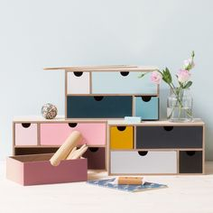 Gather your favourite writing utensils in a beautiful desk organiser with drawers. Desk organiser, price per item DKK 78,00 / EUR 10,96 / ISK 1889 / NOK 112,00 / GBP 9,98 / SEK 109,00