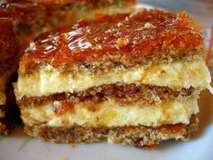 You searched for vienetta - Retete Culinare - Bucataresele Vesele Romanian Desserts, Romanian Food, Sweets Recipes, Just Desserts, Cake Recipes, Easy Cooking, Cooking Recipes, Sweet Tarts, Food Cakes