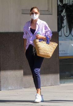 Olivia Palermo Street Style, Estilo Olivia Palermo, Olivia Palermo Lookbook, Best Casual Outfits, Sneakers Street Style, Street Style Summer, Her Style, Spring Fashion, Women's Fashion