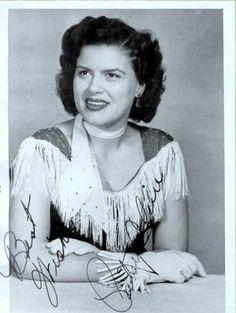 ༻✿༺ ❤️ ༻✿༺ Patsy Cline wearing fringed dress | 1950's ༻✿༺ ❤️ ༻✿༺