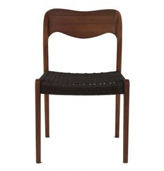 Premium Replica Niels Moller Model No 71 Chair in Walnut