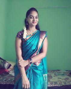 Marriage Girl, Indian Marriage, Beautiful Black Girl, Beautiful Women, Tamil Girls, Indian Girls Images, Indian Beauty Saree, Saree Collection, Beautiful Indian Actress