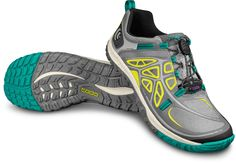 The light and rugged women's Topo Athletic Oterro Cross-Training Shoes are ideal for trekking, light hiking, fastpacking and multisport activities to carry you through any of the day's adventures.