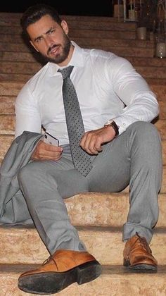 Mens Fashion Suits, Mens Suits, Men's Fashion, Men In Tight Pants, Handsome Bearded Men, Costume Sexy, Formal Men Outfit, Hunks Men, Hommes Sexy