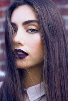 Fall makeup / style. love the minimal make up and dark lips. not easy to pull off though dont wanna look like wednesday adams!