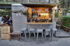 New food truck van mobile bar ideas Coffee Carts, Coffee Truck, Coffee Van, Coffee Shop, Cafe Central, Foodtrucks Ideas, Bangkok Restaurant, Truck Restaurant, Coffee Trailer