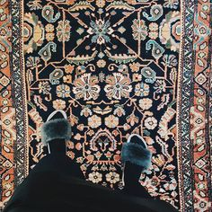 >> N  E W Rugs Online 👀❤ Including this wee babe A m a y a >>200x110 << www.howbizarrerugs.com . . . #glasgow #vintagerug #rugs #shawlands #persian  #persianrug #persianrugs #bohostyle #vintagestyle #vintage #bohemian #glasgowvintage #interiors #interiordesign #midcentury #bohemianstyle #vintagefurniture #styleitdark #edinburghvintage #livingroomdecor #homesweethome #instahome #myhomestyle #darkinterier #bedroominspo #livingroominspo #textiles