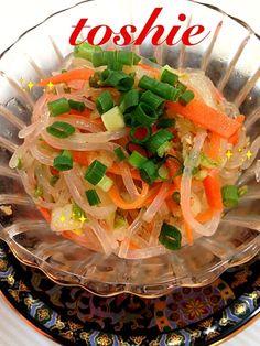 ちょとピリ辛でいくらでも野菜が食べれした(^o^)白菜の食感がいー感じ✌ - 64件のもぐもぐ - syuuさんの春雨人参白菜のピリ辛サラダ by nikonikokaaka