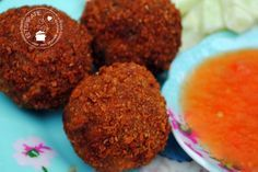 Finger Food Appetizers, Finger Foods, Appetizer Recipes, Dutch Recipes, Fish Recipes, Tapas, How To Cook Meatballs, Indonesian Cuisine, Snacks Für Party
