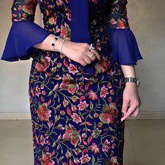 Royal Blue 💙 Sleeves Designs For Dresses, Sleeve Designs, Arab Fashion, Womens Fashion, Wedding Dresses With Flowers, Modest Fashion, Royal Blue, Evening Dresses, Alex Perry