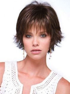 Elegant Short Fine Layered Hairstyles for Thin Fine Hair - Hair Styles Fine Hair Styles For Women, Hair Styles 2016, Medium Hair Styles, Short Hair Styles, Short Hairstyles Fine, Haircuts For Fine Hair, Round Face Haircuts, Short Haircuts, Layered Hairstyles