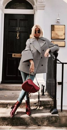 The 105 Best Street Style Pics From London Fashion Week . - The 105 Best Street Style Pics From London Fashion Week Source by - Mode Outfits, Winter Outfits, Fashion Outfits, Womens Fashion, Fashion Trends, Party Fashion, Fashion Clothes, Fashion Style Women, Fashion Ideas