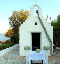GREEK WEDDING FLOWERS : ISLAND VARKIZA WEDDINGS Wedding Colors, Wedding Styles, Wedding Flowers, Wedding Day, Arch Flowers, Greek Beauty, Church Wedding Decorations, Greece Wedding, Island Weddings