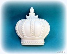 Coroa Rei Arthur Gg. BRANCA | ArmaZen do Lar Miniaturas e Apliques de Resina | 1E3C75 - Elo7