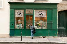 Freunde von Freunden — Julie Rouby — Creative Agent, Apartment & Neighborhood, Le Marais, Paris — http://www.freundevonfreunden.com/interviews/julie-rouby/