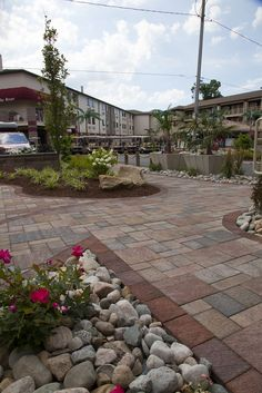 https://flic.kr/p/8W64Gi | Put In Bay Resort | Location: Put-in-Bay Island, OH Products: Il Campo® and Umbriano® Design: Miller Landscape