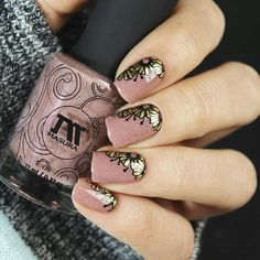 We choose summer clothing, cosmetics will be from the color or simple combinat. Spring Nails, Summer Nails, Stamping Nail Art, Nail Art Designs, Class Ring, Manicure, Rings For Men, Floral, Art Ideas