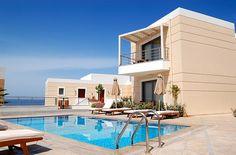 En güzel dekorasyon paylaşımları için Kadinika.com #kadinika #dekorasyon #decoration #woman #women Swimming pool at the modern luxury villa Crete Greece
