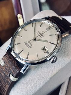 Vintage Rolex, Vintage Omega, Vintage Watches, Men's Vintage, Omega Seamaster Gmt, Omega Seamaster Deville, Omega Speedmaster, Modern Watches, Luxury Watches For Men