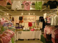 Craft booth - kids clothes