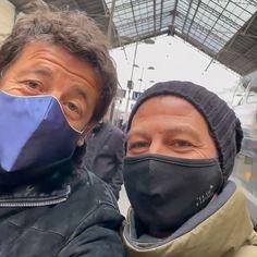 Actu de Christophe Maé в Instagram: «Christophe vient d'arriver à Lyon pour Les Enfoirés ! Le voici en compagnie de @patrickbruel ! Qui a hâte de découvrir le spectacle 2021…» Christophe Mae, Spectacle, Lyon, Voici, Instagram