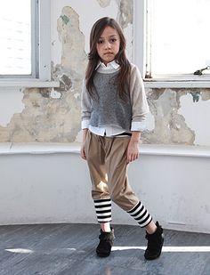 Se parece a mi Flakita+Irla* Generator Stylish Little Girls, Trendy Kids, Stylish Kids, Cute Kids, Little Fashion, Tween Fashion, Love Fashion, Kool Kids, Diy Fashion Accessories