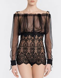 Inspired by vintage lingerie, this exquisite Italian tulle body is detailed with La Perla's signature Leavers lace. Cut with a sensual off-the-shoulder silhouette, this semi-sheer body can be layered beneath trousers to evoke old-school glamour. Luxury Lingerie, Vintage Lingerie, Lingerie Set, Women Lingerie, Bohemian Girls, Lingerie Outfits, Nightwear, Size Clothing, Lounge Wear