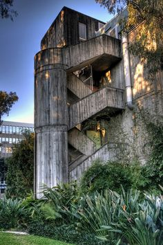 Skerman Building, University of Queensland, Brisbane. Brisbane Queensland, Brisbane City, Queensland Australia, University Architecture, City Architecture, Concrete Staircase, Desert Places, Derelict Buildings, Road Trip Adventure