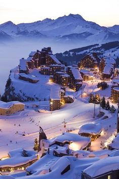 Avoriaz, ski resort at 1800 m altitude on the territory of K .- Avoriaz, Skigebiet auf 1800 m Höhe auf dem Territorium der Kom … Avoriaz, ski resort at 1800 m altitude on the territory of Kom … - Winter Szenen, Winter Travel, Winter Ideas, Winter Time, Winter Christmas, Christmas Decor, Merry Christmas, Places To Travel, Places To See