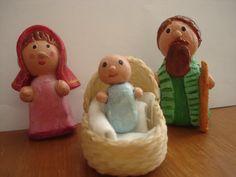 María, José y Niño Jesús en porcelanicron